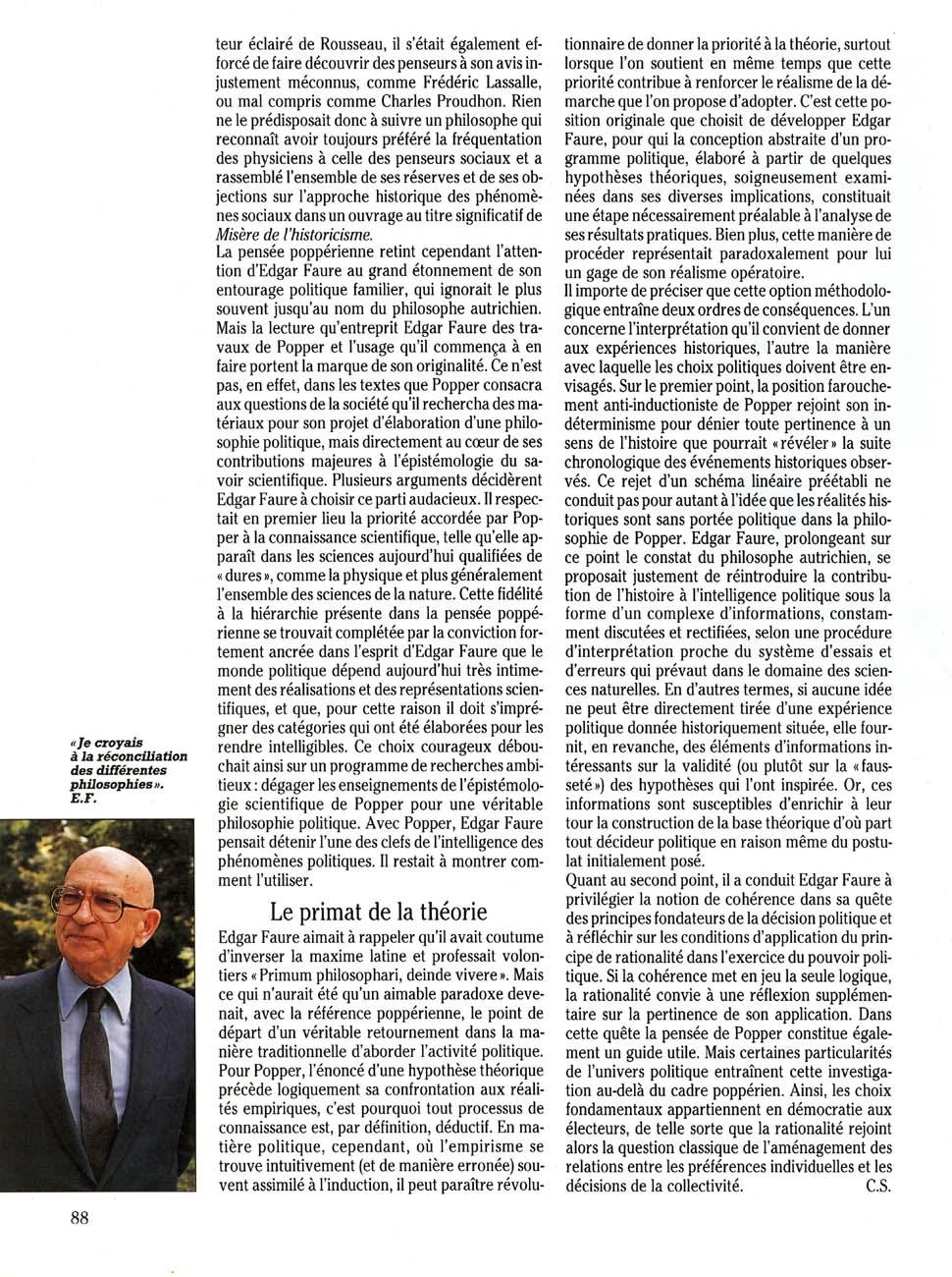 Juste et loin (Valéry Giscard D'Estaing)